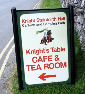 The Knight's Table cafe