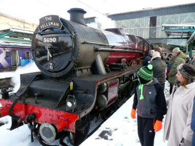 "The Christmas Fellsman ""Leander"" arrives in a snowy Carlisle"