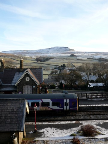 Pen-y-ghent from Horton Station